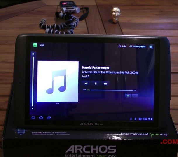 Test sonore sur l archos 101 g9 1 ghz arctablet news for Housse archos 101